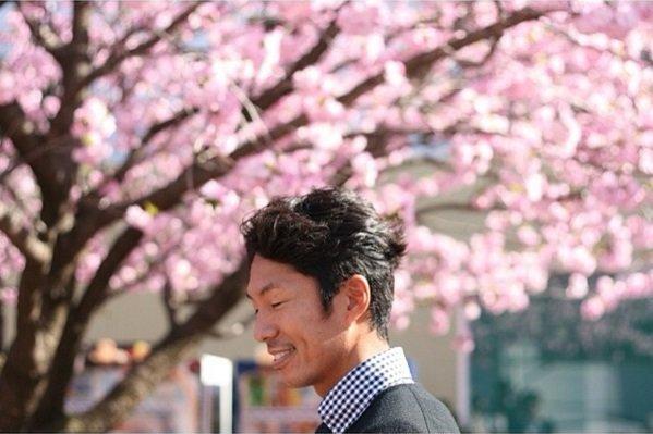 満開の桜と富岡さん