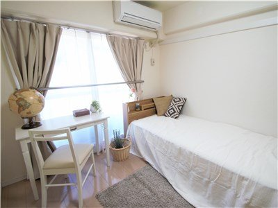 guesthouse sharehouse Dwell Inariyama building1