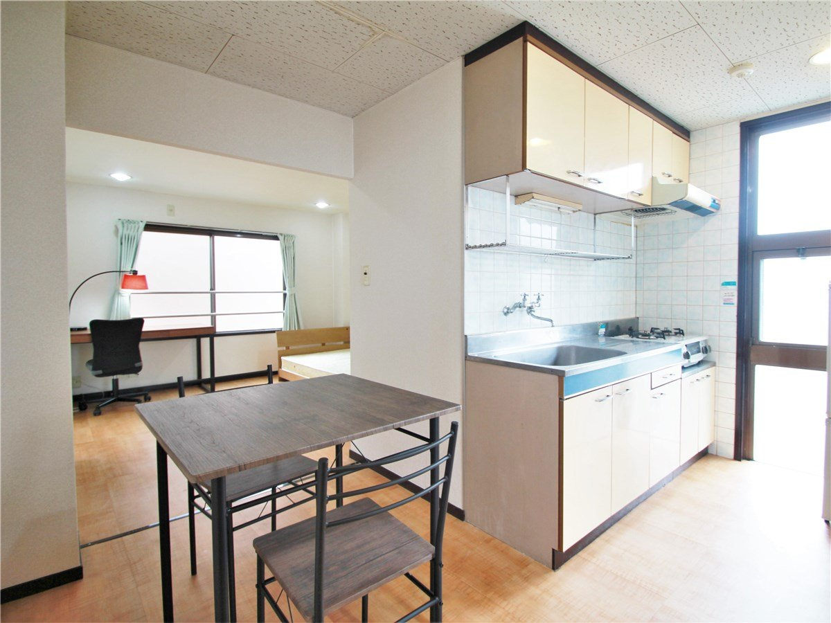 OAK APARTMENT KAMI IGUSA