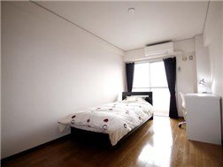 guesthouse sharehouse OAK APARTMENT KITA OMIYA STATION building3