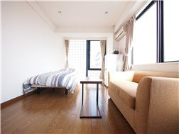 guesthouse sharehouse 플로라 사쿠라신마치 building1