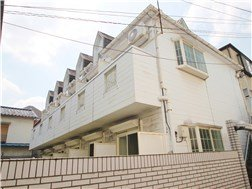 guesthouse sharehouse OAK APARTMENT OJI building2