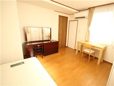 guesthouse sharehouse PREMIERE MINATOMIRAI room206