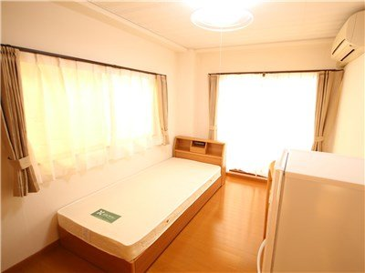 guesthouse sharehouse PREMIERE MINATOMIRAI room404