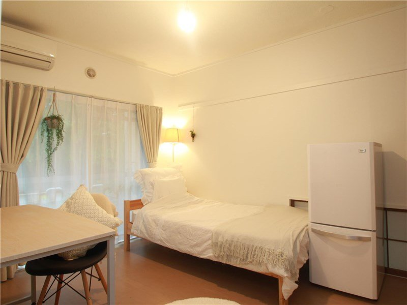 guesthouse sharehouse Garden 陽台 鷹之台 room2-D