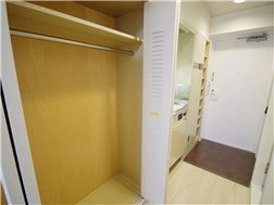 guesthouse sharehouse WELLNESS MABASHI building14