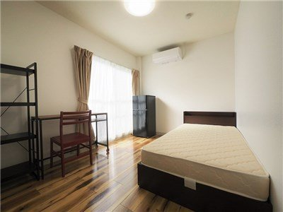guesthouse sharehouse 프리미어 신코이와 room304