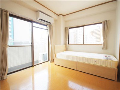 guesthouse sharehouse 에스포와르 Ⅱ 후나바시 building1