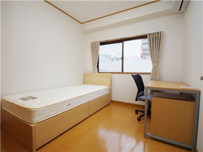 guesthouse sharehouse 에스포와르 Ⅱ 후나바시 building4
