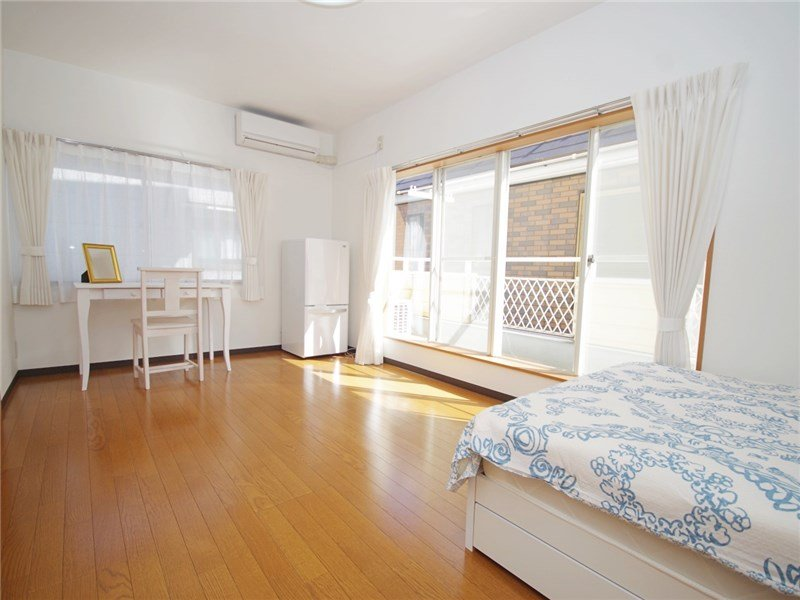 guesthouse sharehouse FLORA HANEDA AIRPORT room202