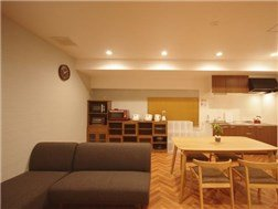 guesthouse sharehouse プレミア町屋 building2