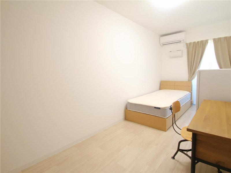 guesthouse sharehouse 宮前平・陽台 room109