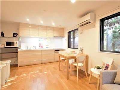 guesthouse sharehouse 오크 테라스 산겐자야 building3
