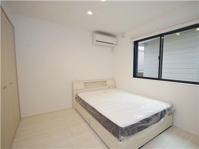guesthouse sharehouse OAK TERRACE SANGENJAYA roomB-101