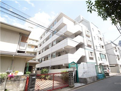 guesthouse sharehouse 오크맨션 무사시코스기 building1