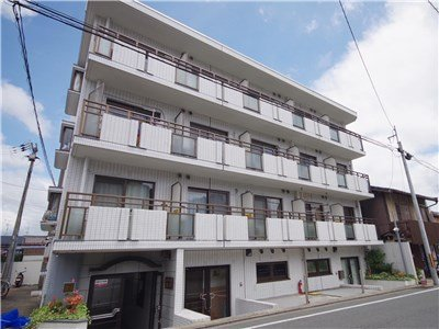 guesthouse sharehouse ROYAL HILLS TAKAGAMINE (KYOTO) building1