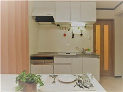 guesthouse sharehouse OAKHOUSE TAKENOTSUKA building1