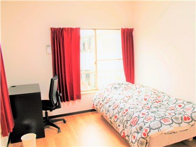 guesthouse sharehouse OAKHOUSE TAKENOTSUKA building2