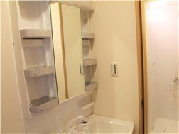 guesthouse sharehouse OAKHOUSE TAKENOTSUKA building6